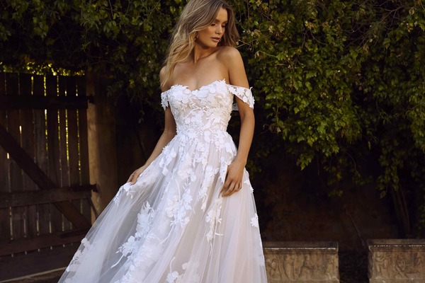 Search elora ml8518 sweetheart neckline ball gown in floral lace and tulle with detachable straps strapless wedding dress madi lane luv bridal 7